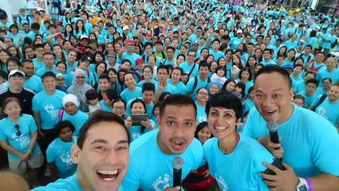 Over 5,000 people walk barefoot to raise $250,000 at  Habitat for Humanity Singapore's Bare Your Sole 2016